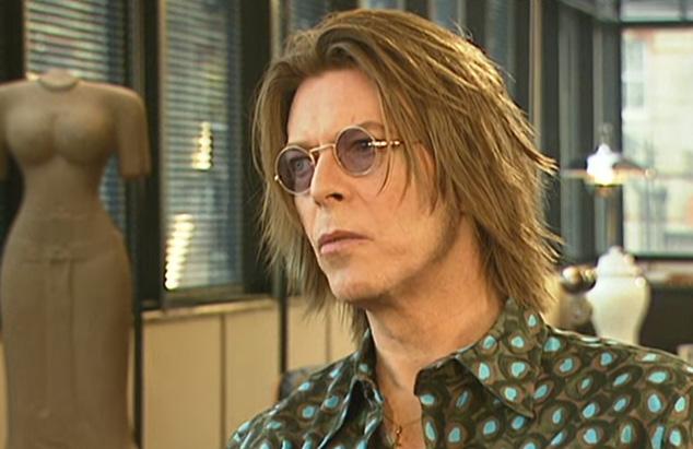 David_Bowie_2000_BBC_screengrab